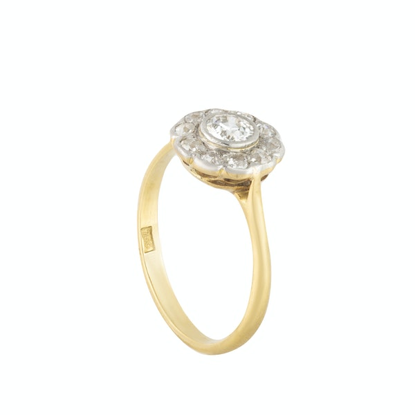 An Antique Diamond Ring - image 2