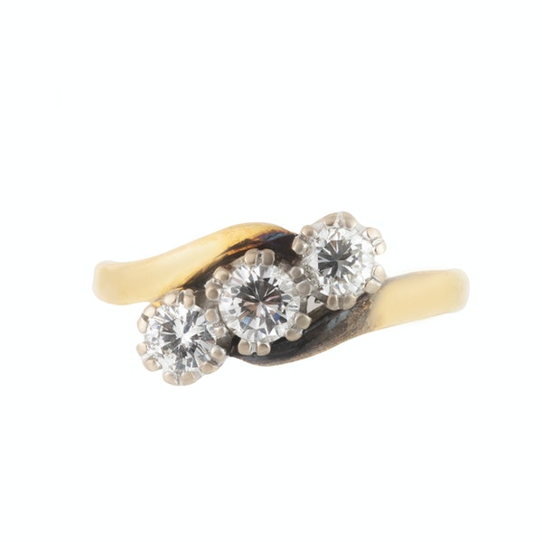 A Three Stone Diamond Gold Ring - image 3