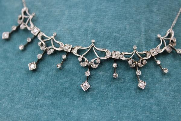 A very fine Art Nouveau Diamond Demi Fringe Necklace set in High Carat White Gold & Platinum tipped, Continental, Circa 1930 - image 3
