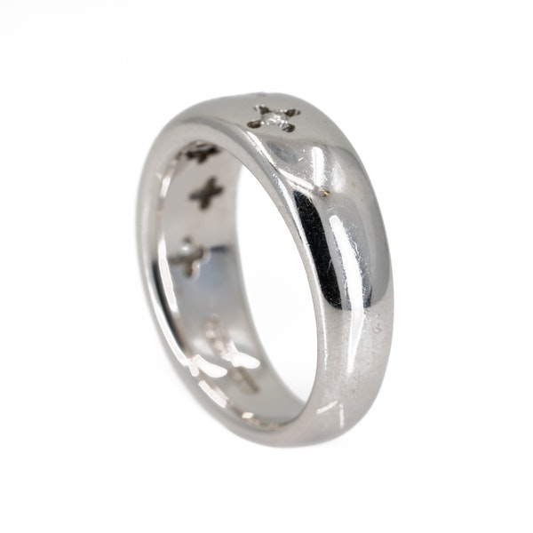 Very thick 18 ct white gold band ring set with small diamonds - image 3