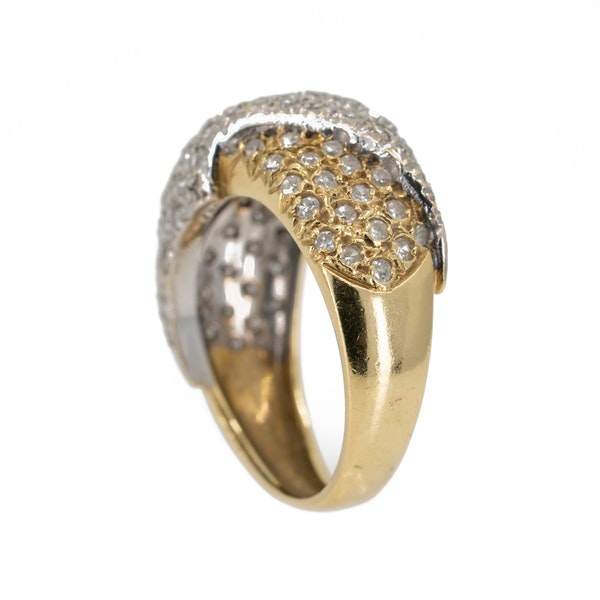 1960s two colour gold pave set diamond ring - image 3