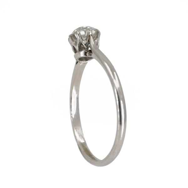 Diamond solitaire ring set in platinum - image 3
