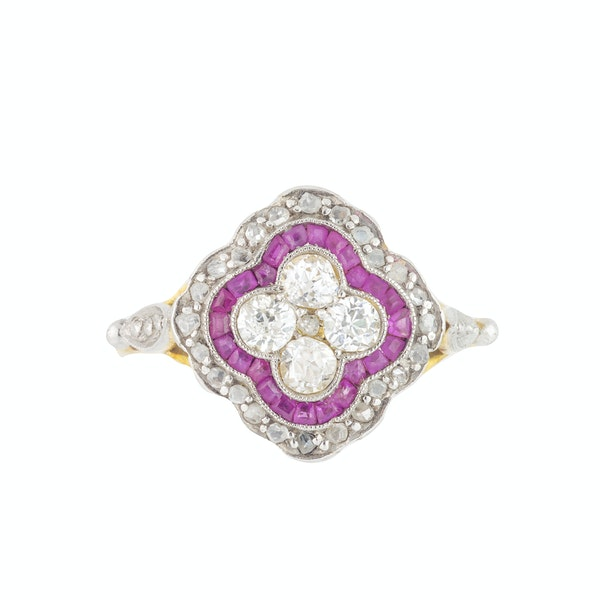 An Art Deco Ruby and Diamond Ring - image 3
