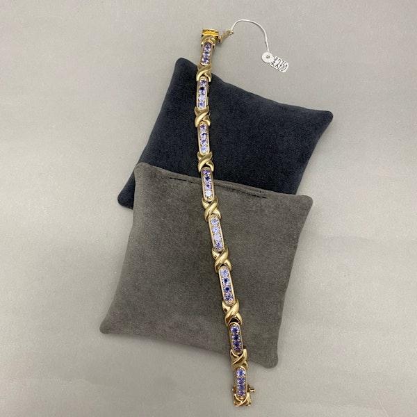 Tanzanite Bracelet in 14ct Gold SHAPIRO & Co since1979 - image 6