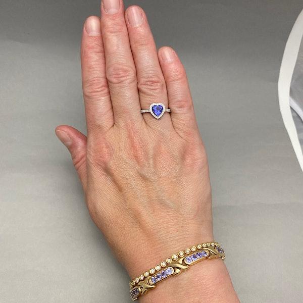 Tanzanite Bracelet in 14ct Gold SHAPIRO & Co since1979 - image 8