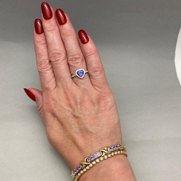 Tanzanite Bracelet in 14ct Gold SHAPIRO & Co since1979 - image 9