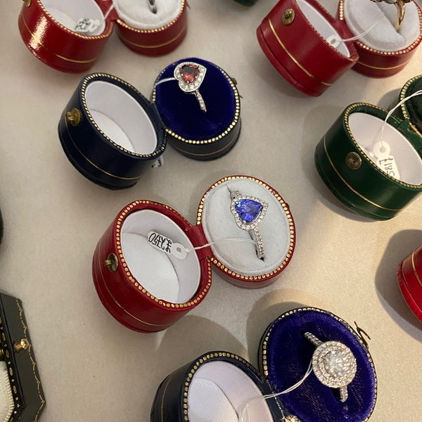 Tanzanite Bracelet in 14ct Gold SHAPIRO & Co since1979 - image 11