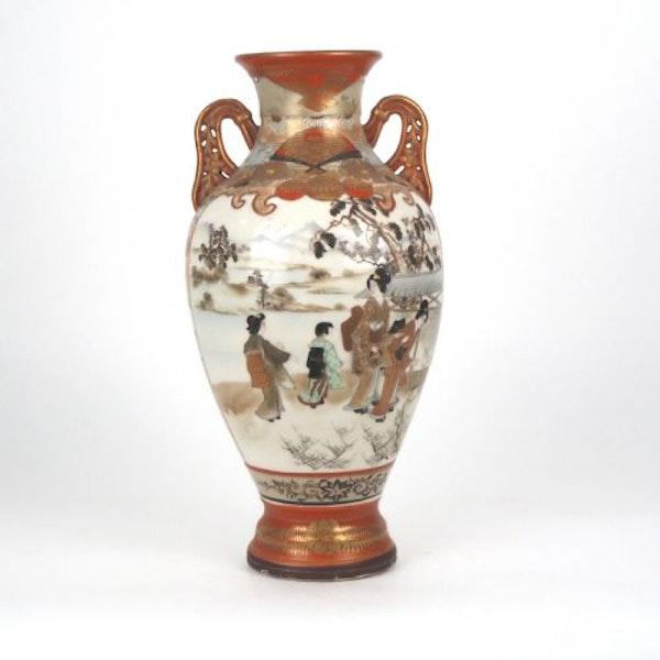 Japanese Kutani vase - image 2