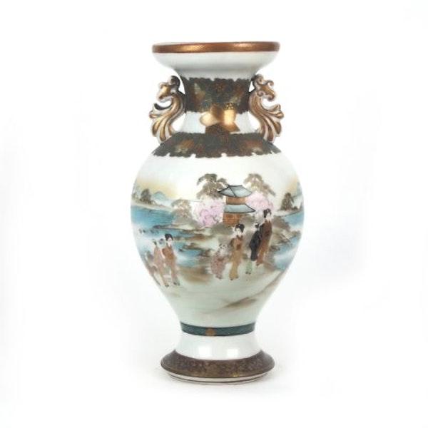 Japanese Kutani vase with decorative ears - image 4