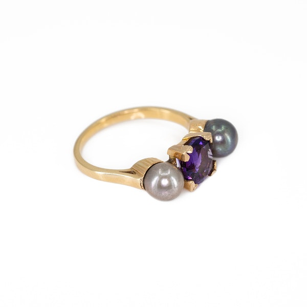 An Amethyst and Grey Pearl Ring Offered by The Gilded Lily - image 2
