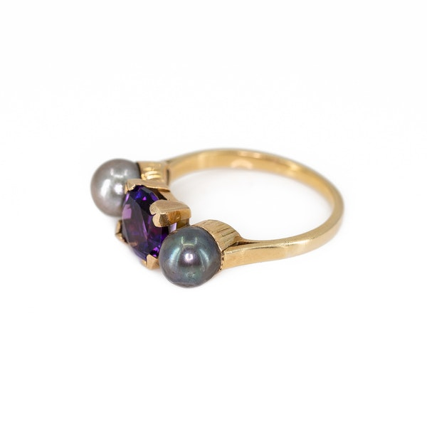 An Amethyst and Grey Pearl Ring Offered by The Gilded Lily - image 3