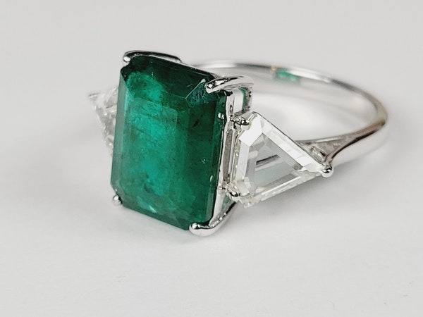 3.70ct emerald and diamond ring sku 4971 DBGEMS - image 2