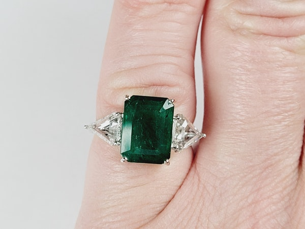 3.70ct emerald and diamond ring sku 4971 DBGEMS - image 5