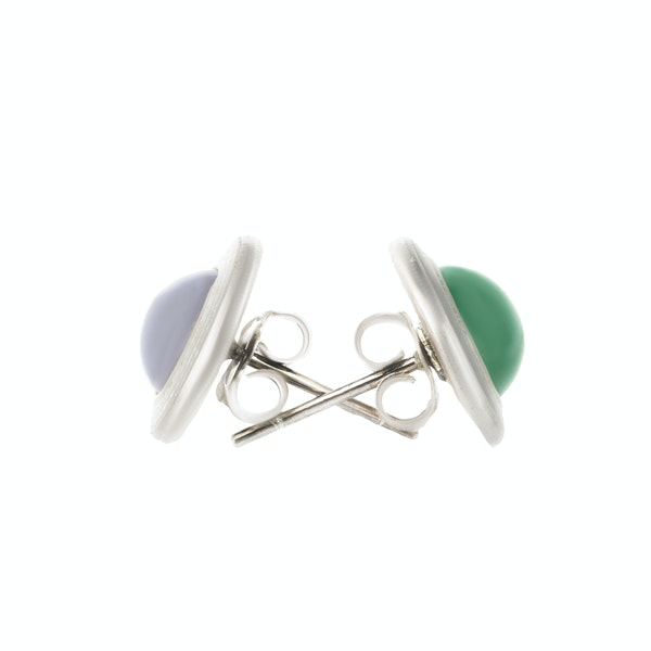 A pair of Silver, Chalcedony, Mother of Pearl stud Earrings - image 2