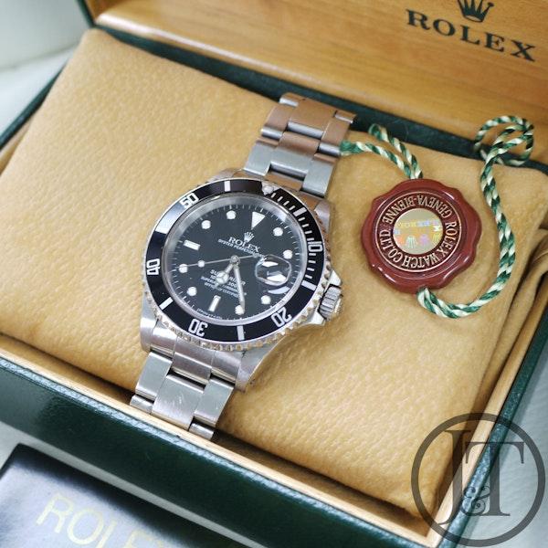 Rolex Submariner Date 16610 1989 - image 5