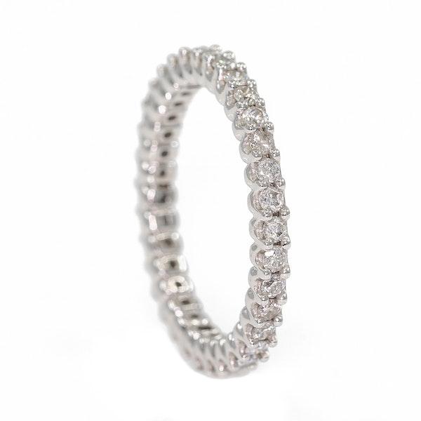 Diamond full eternity ring in 18 ct white gold - image 2