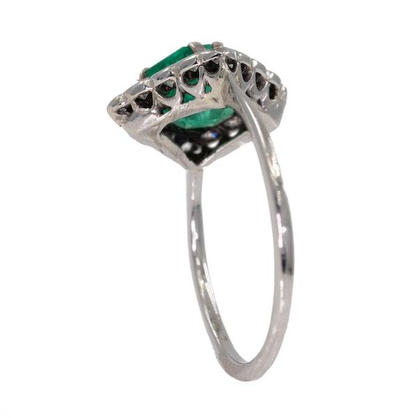 Emerald and diamond Art Deco rhombic shape ring - image 3