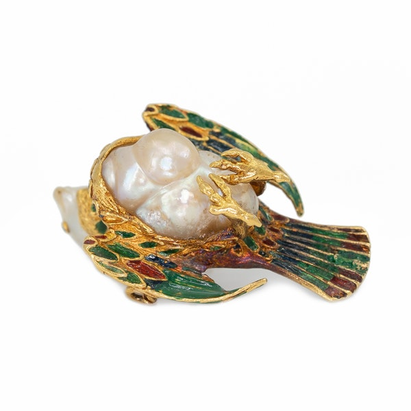 Baroque natural pearl and enamel model of a bird on a later gold chain - image 3