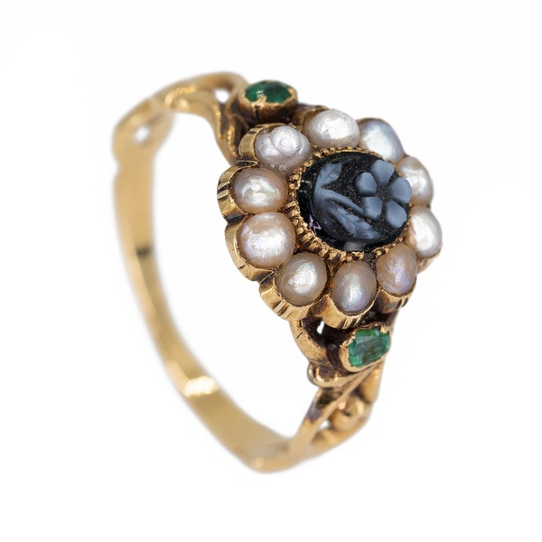 Georgian  2 colour cameo and pearl cluster ring - image 2