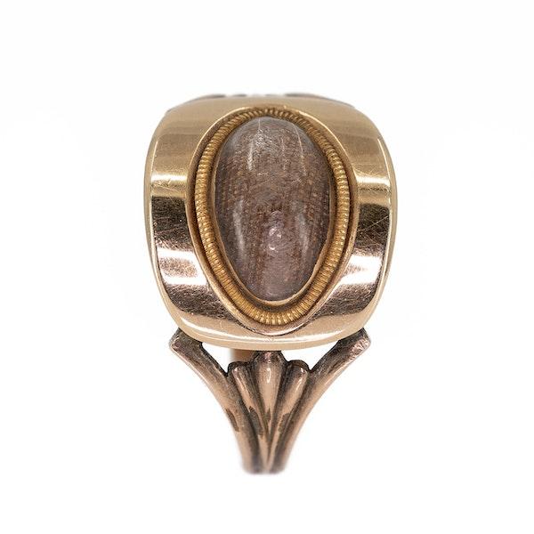 Georgian oval shaped locket ring - image 2