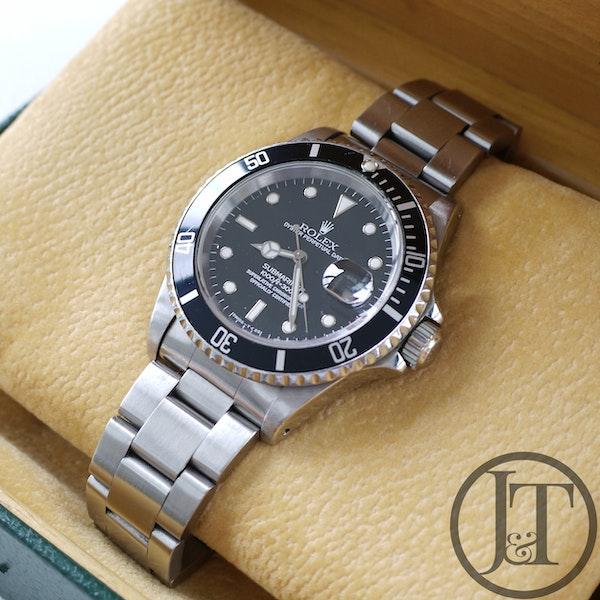 Rolex Submariner Date 16610 1995 - image 3