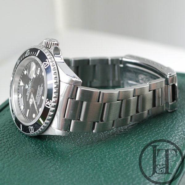Rolex Submariner Date 16610 1995 - image 6