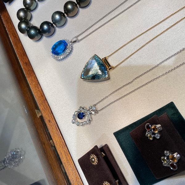 Diamond Clip Earrings in 18ct Gold by Mappin & Webb date London import mark for 1981, SHAPIRO & Co since1979 - image 9