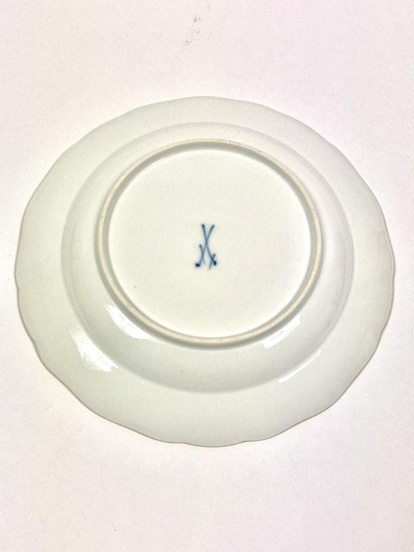 Meissen dinner plates - image 3