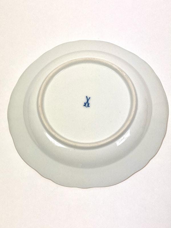 19th century Meissen dessert plates - image 3