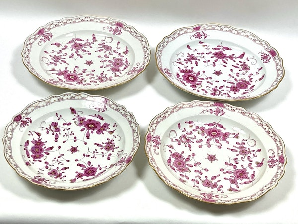 4 assorted 19th century Meissen serving dishes - image 2