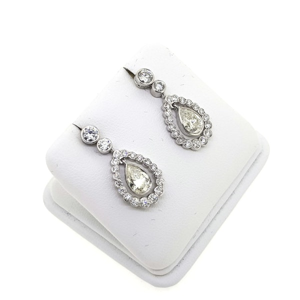 """""""Kate"""" Diamond teardrop earrings, 2.82 cts in total @Finishing Touch Stand 335 - image 2"""