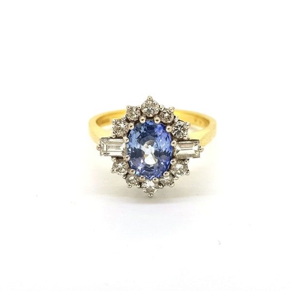 Vintage Sapphire & Diamond Cluster ring. HM 1988 @Finishing Touch, stand 335 - image 3