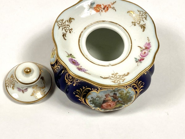 Meissen inkwell,cover and stand - image 7