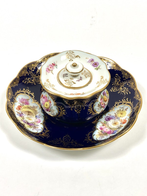 Meissen inkwell,cover and stand - image 2