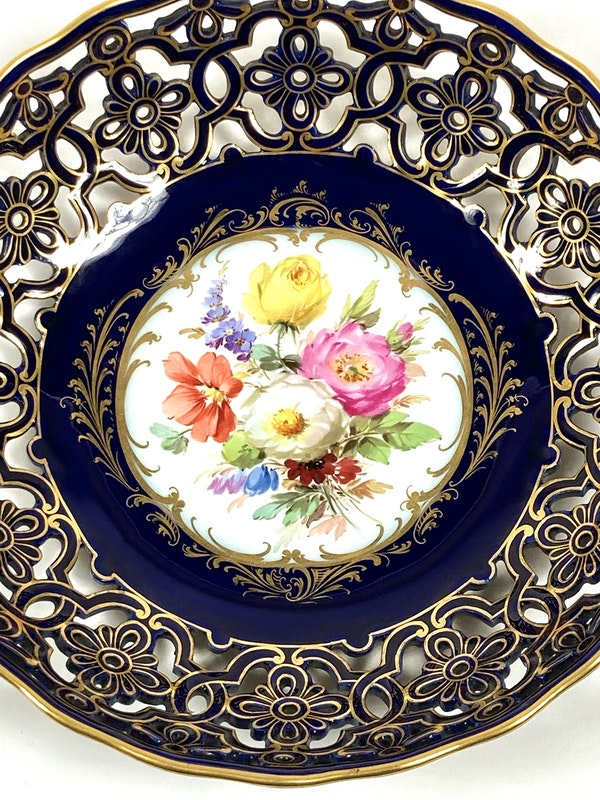 Reticulated Meissen bowl - image 2