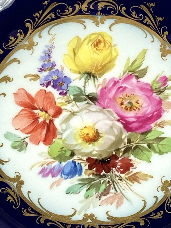 Reticulated Meissen bowl - image 3