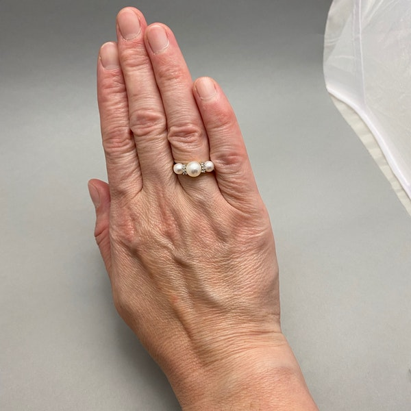 Pearl Diamond Ring in 14ct Gold date circa 1970, Lilly's Attic since 2001 - image 2