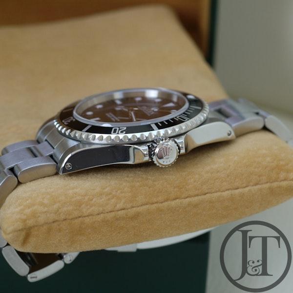 Rolex Submariner No Date 14060 2001 - image 3