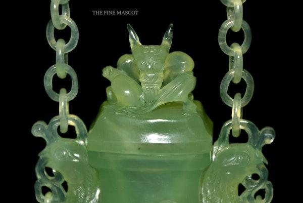 Fine quality carved jade hanging perfume vase - image 3