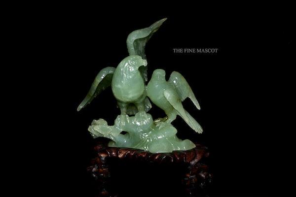 Carved jade beautiful birds sculpture - image 5