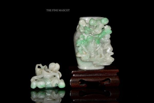 White jadeite monkey perfume vase - image 6
