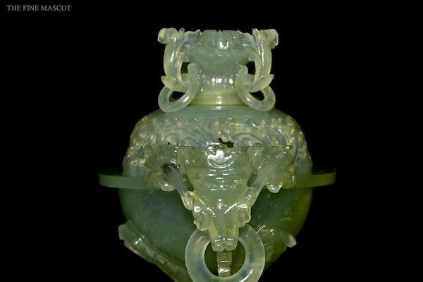 Translucent jade stone carved burner - image 4