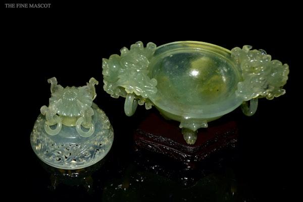 Translucent jade stone carved burner - image 6