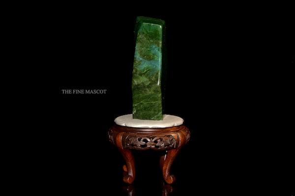 Beautiful fine green nephrite dreamstone - image 3