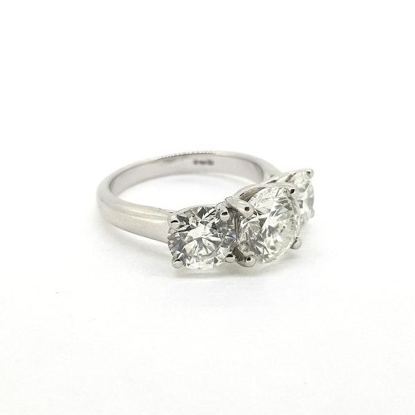 Platinum Diamond 3 stone ring, Estimated to be 4.50 cts @Finishing Touch - image 3