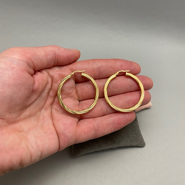 Hoop Earrings in 9ct Gold date circa 1990, Lilly's Attic since 2001 - image 2