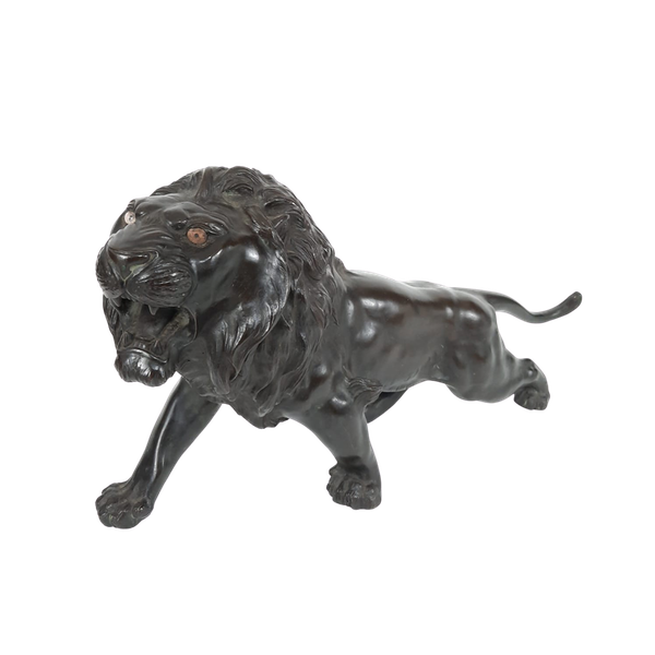 Japanese bronze lion - image 1