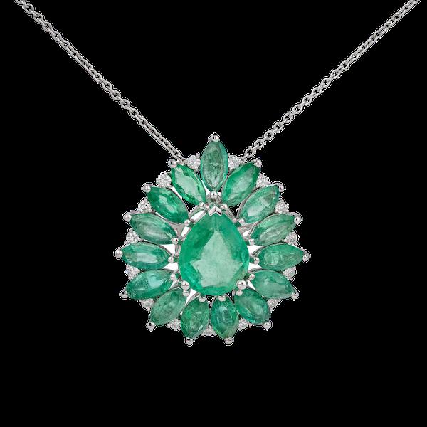 Emerald pendant/necklace - image 1