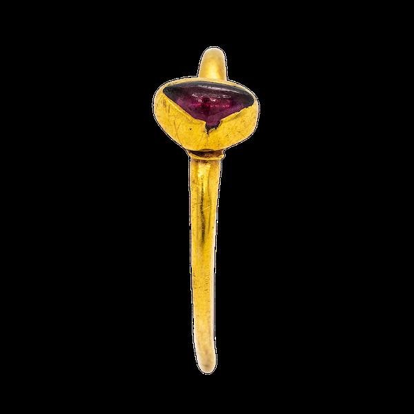 Medieval garnet ring - image 1