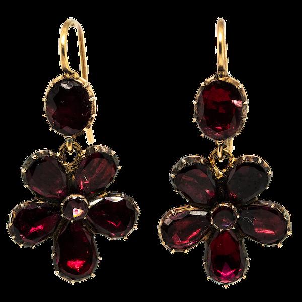 Georgian flat cut garnet drop earrings - image 1
